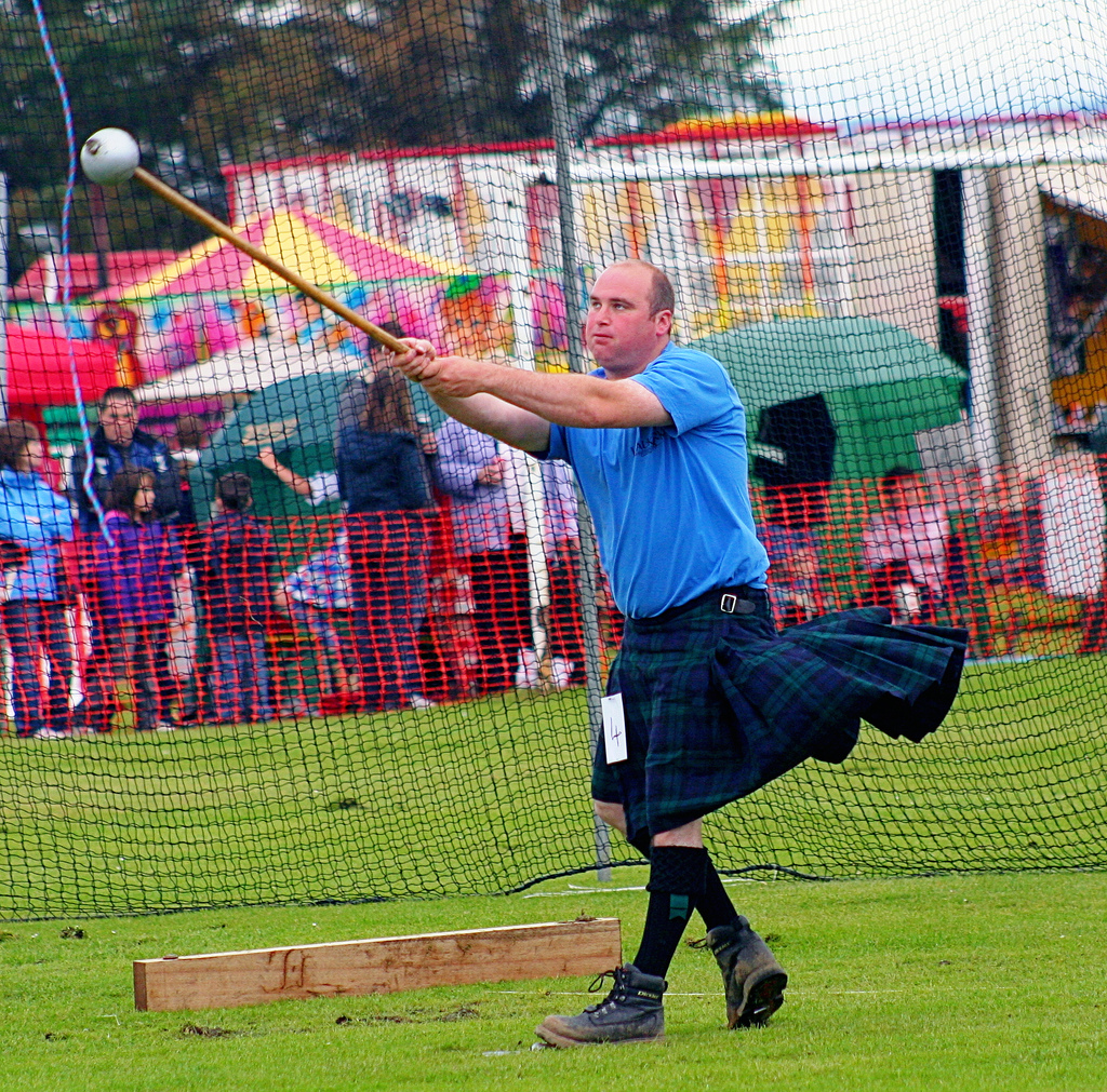 hammer throw highland games event