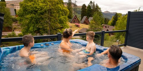 Deluxe Hot Tubs