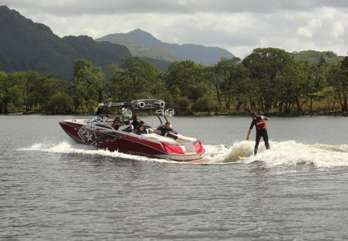 Loch Lomond Wakeboard - Family Fun in Argyll