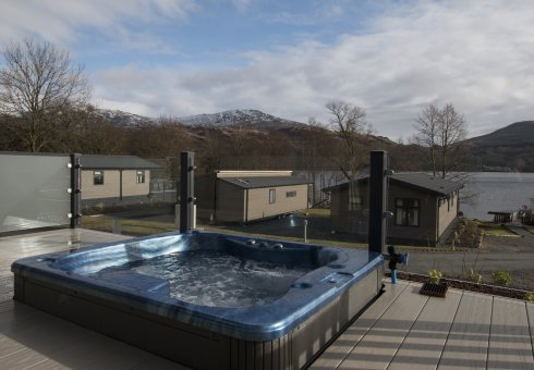 Lomond Retreat 1 Bedroom Hot Tub Lodge
