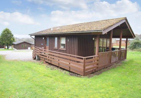 Rowan Plus Lodge