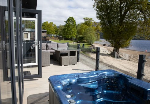 Waterside Lomond Royal Platinum Hot Tub Lodge - 3 Bedrooms