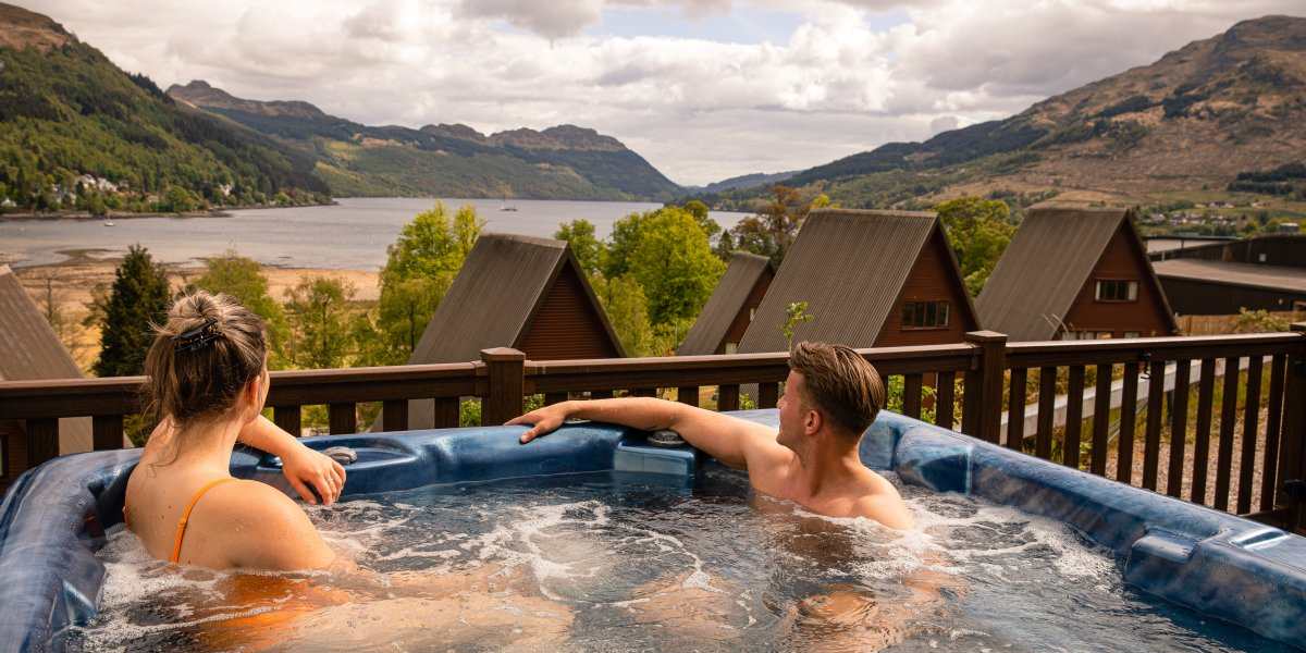 Luxurious hot tub lodges