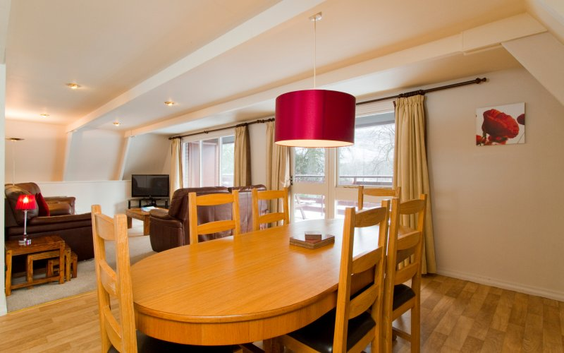 Eagle Comfort Plus Lodges - Dining Room