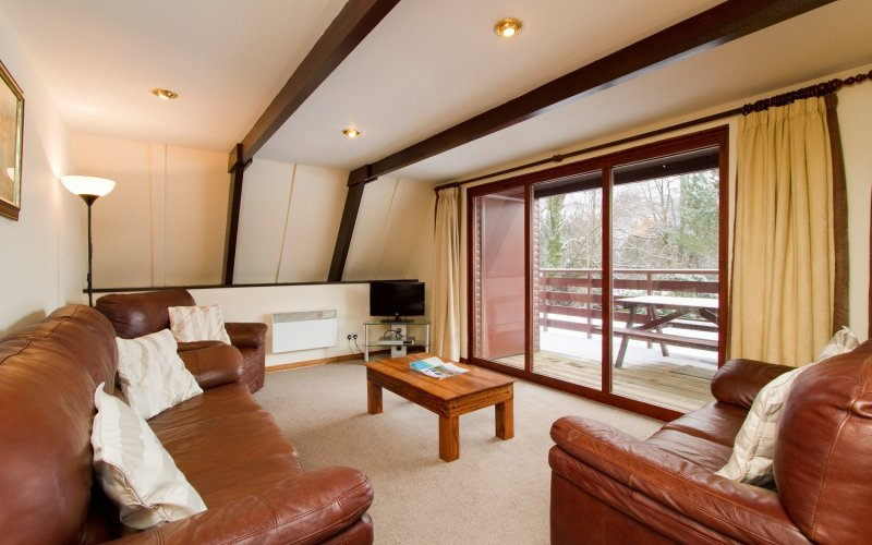 Eagle Comfort Lodges - Living Room