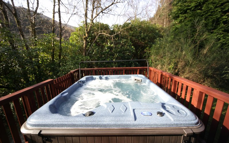Osprey Premier Hot Tub Lodges - Hot Tub