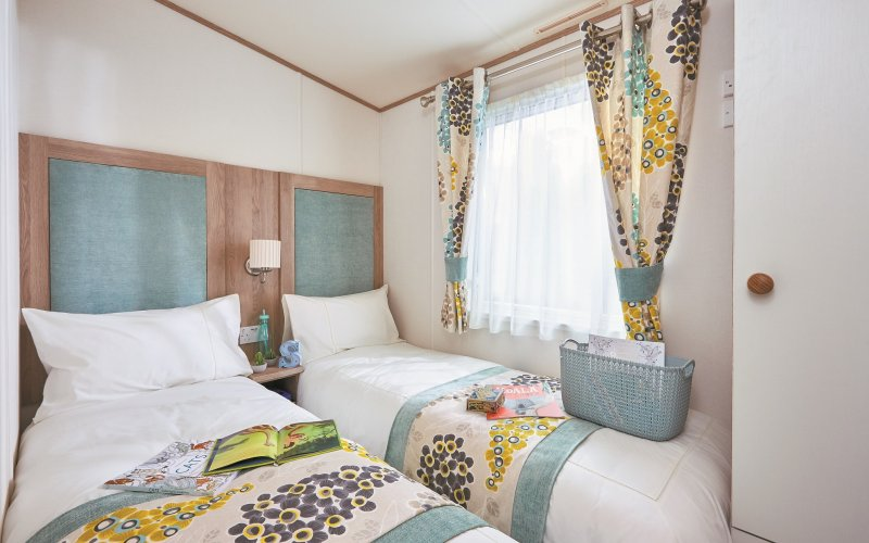 Argyll Lodges - Twin Bedroom