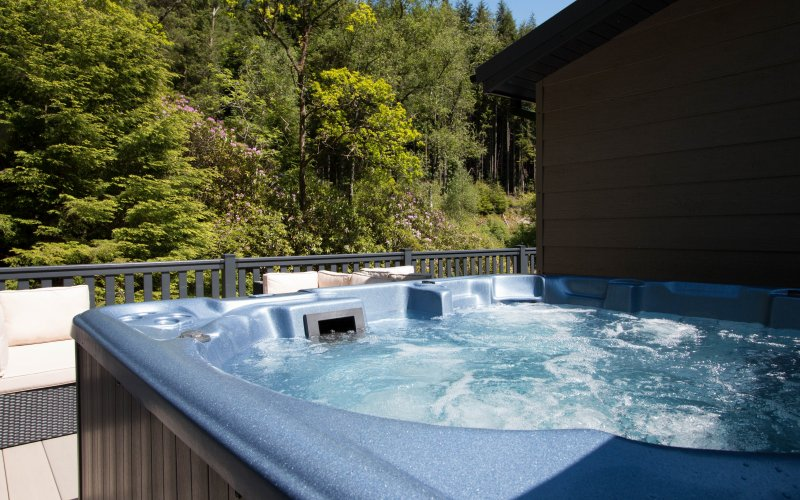 Albatross Platinum 5 Bedroom Hot Tub Lodges - Hot Tub