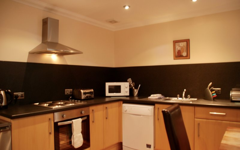 Drimsynie Court 5 -Kitchen