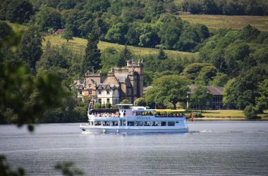 Sweeney's Cruises - Family Fun in Argyll