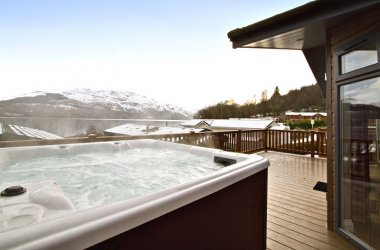Lomond Royal 3 Bedroom Hot Tub Lodge
