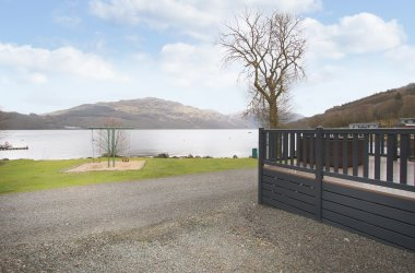 Ben Lomond - 2 Bedroom Waterside