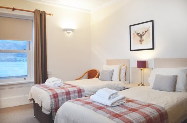 The Goil Inn - Twin Room